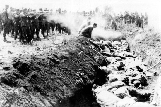 Расстрел мирного населения двинск